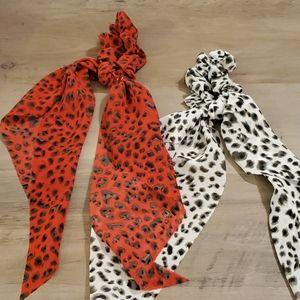 Set of 2 Scarf scrunchies Leopard Hair Ties